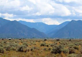 Overjeros Road, Taos, New Mexico 87571, ,Lots/land,For Sale,Overjeros Road,107412