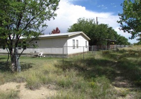 636 9th Street, Cimarron, New Mexico 87714, 3 Bedrooms Bedrooms, ,2 BathroomsBathrooms,Residential,For Sale,9th Street,106016
